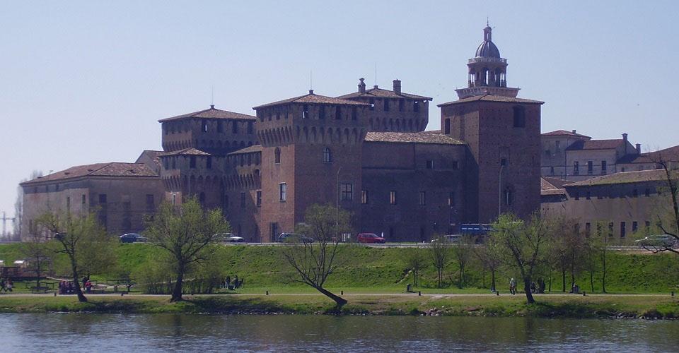 Image Description for http://80.88.88.181:8888/gpsviaggi/gpsviaggi/packages_photos/422/Mantova-2.JPG