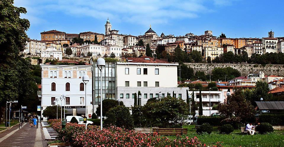 Image Description for http://80.88.88.181:8888/gpsviaggi/gpsviaggi/packages_photos/424/Bergamo-1.jpg