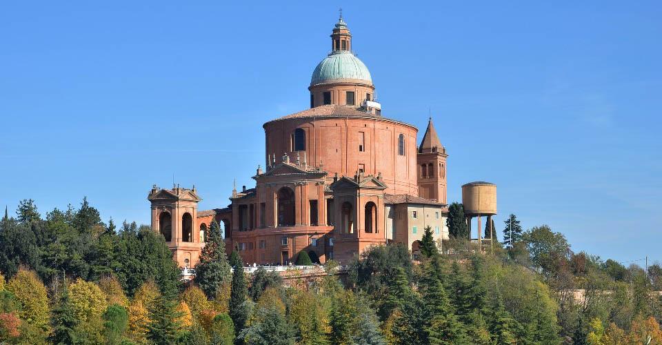 Image Description for http://80.88.88.181:8888/gpsviaggi/gpsviaggi/packages_photos/444/Basilica-San-Luca-1.jpg
