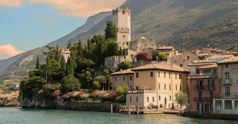 Image Description for http://80.88.88.181:8888/gpsviaggi/gpsviaggi/packages_photos/450/Malcesine-1.jpg