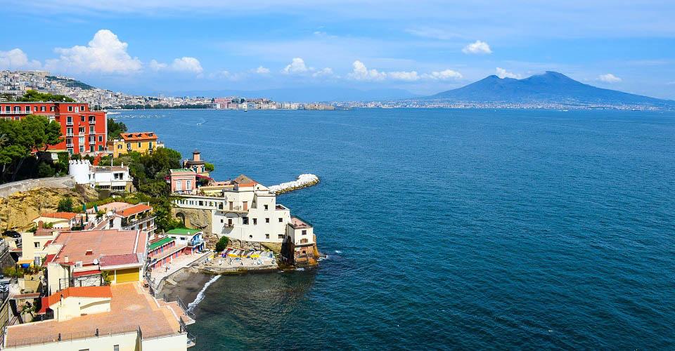 Image Description for http://80.88.88.181:8888/gpsviaggi/gpsviaggi/packages_photos/467/Napoli-Vesuvio-1.jpg