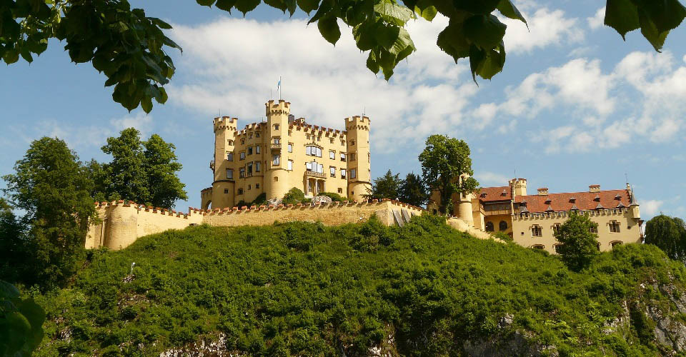Image Description for http://80.88.88.181:8888/gpsviaggi/gpsviaggi/packages_photos/504/Castello-Hohenschwangau-1.jpg