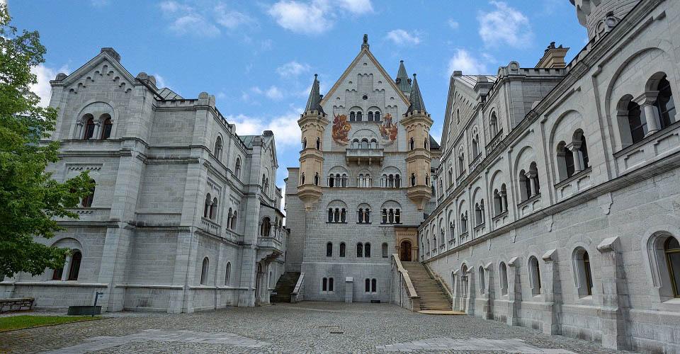 Image Description for http://80.88.88.181:8888/gpsviaggi/gpsviaggi/packages_photos/504/Castello-Neuschwanstein-3.jpg