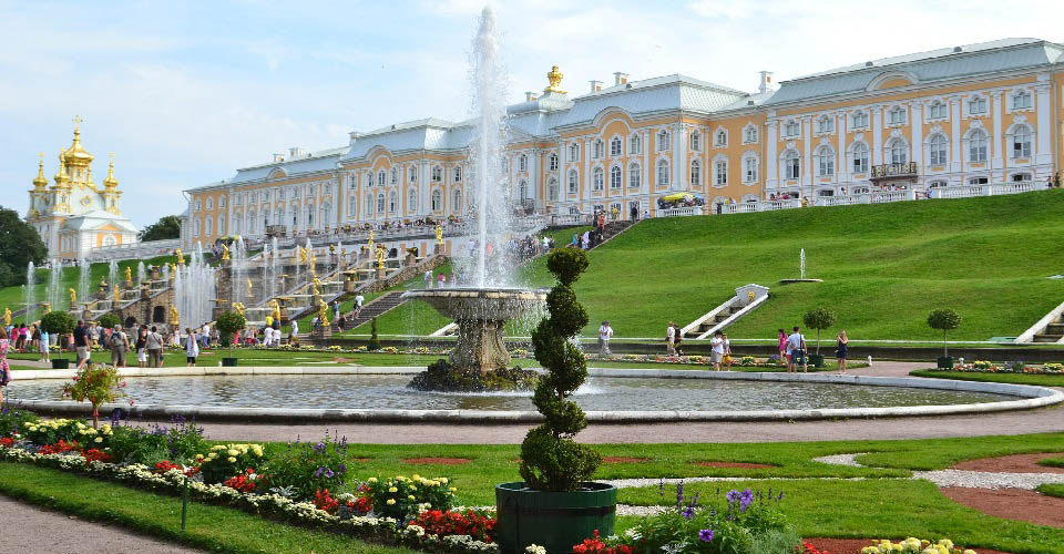Image Description for http://80.88.88.181:8888/gpsviaggi/gpsviaggi/packages_photos/522/Peterhof-1.jpg