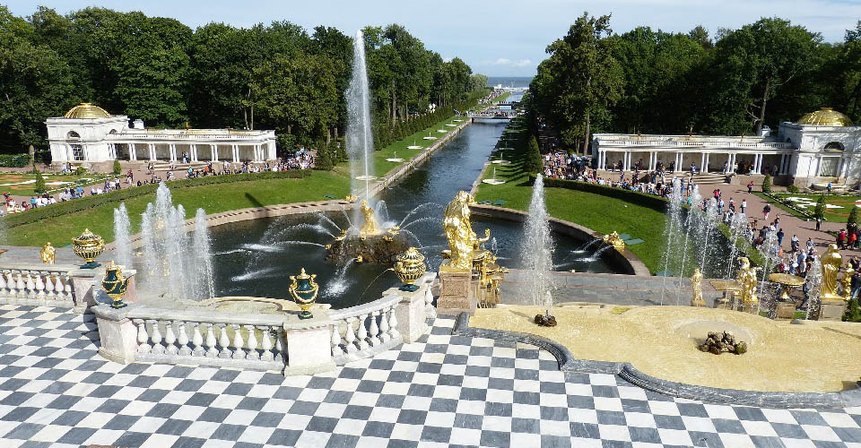 Image Description for http://80.88.88.181:8888/gpsviaggi/gpsviaggi/packages_photos/522/Peterhof-3.jpg