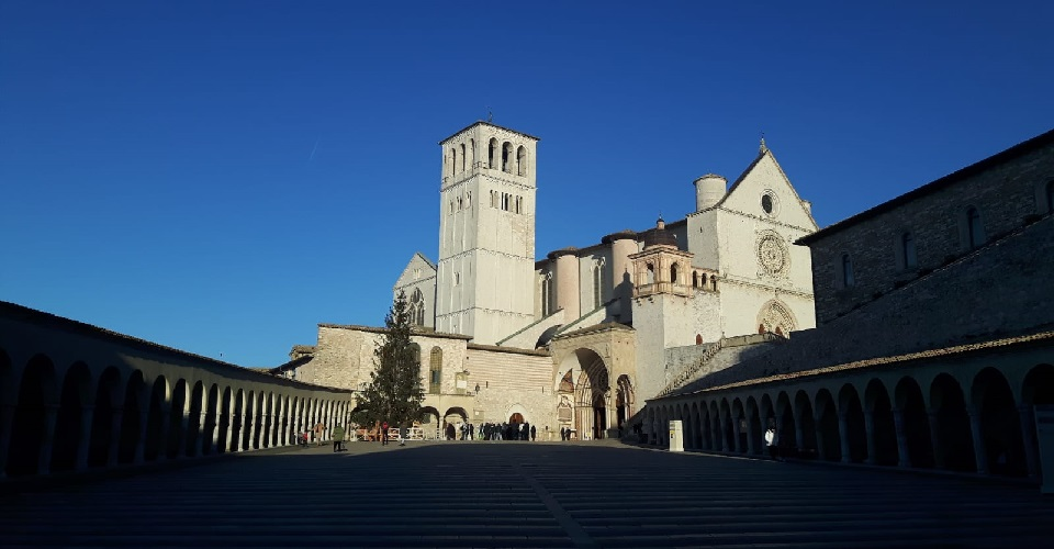 Image Description for http://80.88.88.181:8888/gpsviaggi/gpsviaggi/packages_photos/562/Assisi-1.jpeg