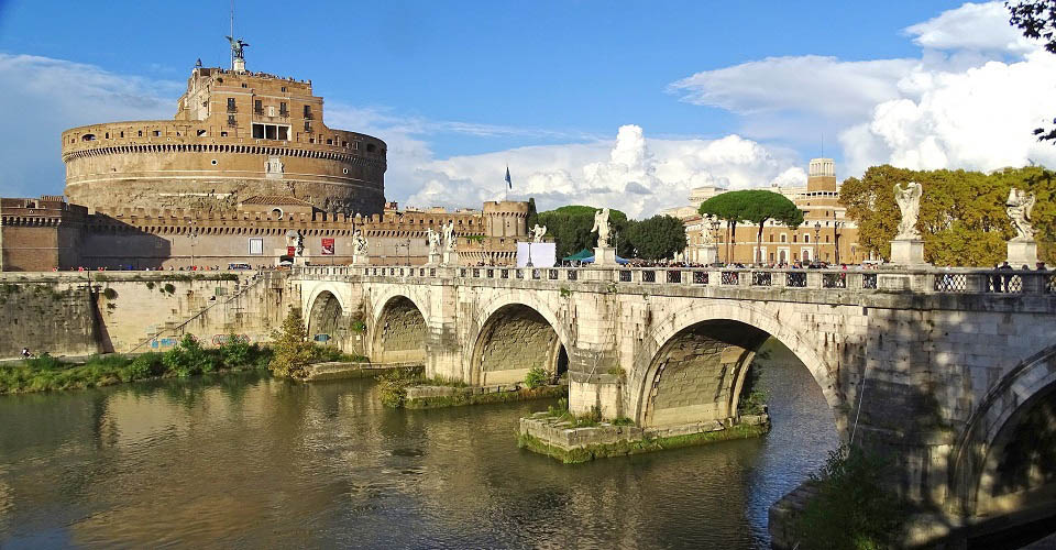 Image Description for http://80.88.88.181:8888/gpsviaggi/gpsviaggi/packages_photos/635/Roma-Castel-Sant-Angelo-1.jpg