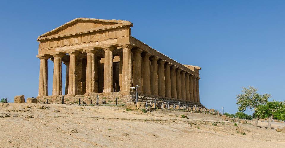 Image Description for http://80.88.88.181:8888/gpsviaggi/gpsviaggi/packages_photos/636/Agrigento-Valle-dei-Templi-1.jpg