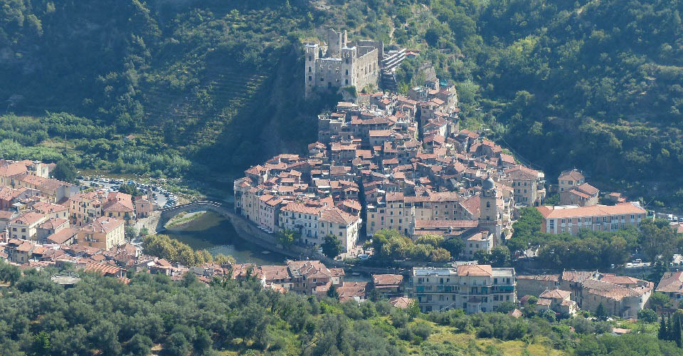 Image Description for http://80.88.88.181:8888/gpsviaggi/gpsviaggi/packages_photos/715/Dolceacqua-1.jpg